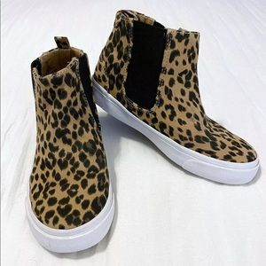 Old Navy High Tops Chelsea Leopard shoes